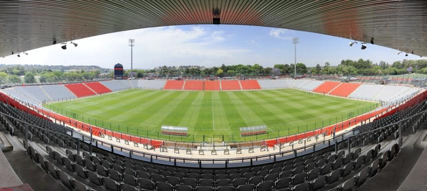 Bafana face Angola at Rand Stadium
