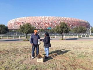 SMSA CSI initiative: Driving range patrons collect sponsored golf balls