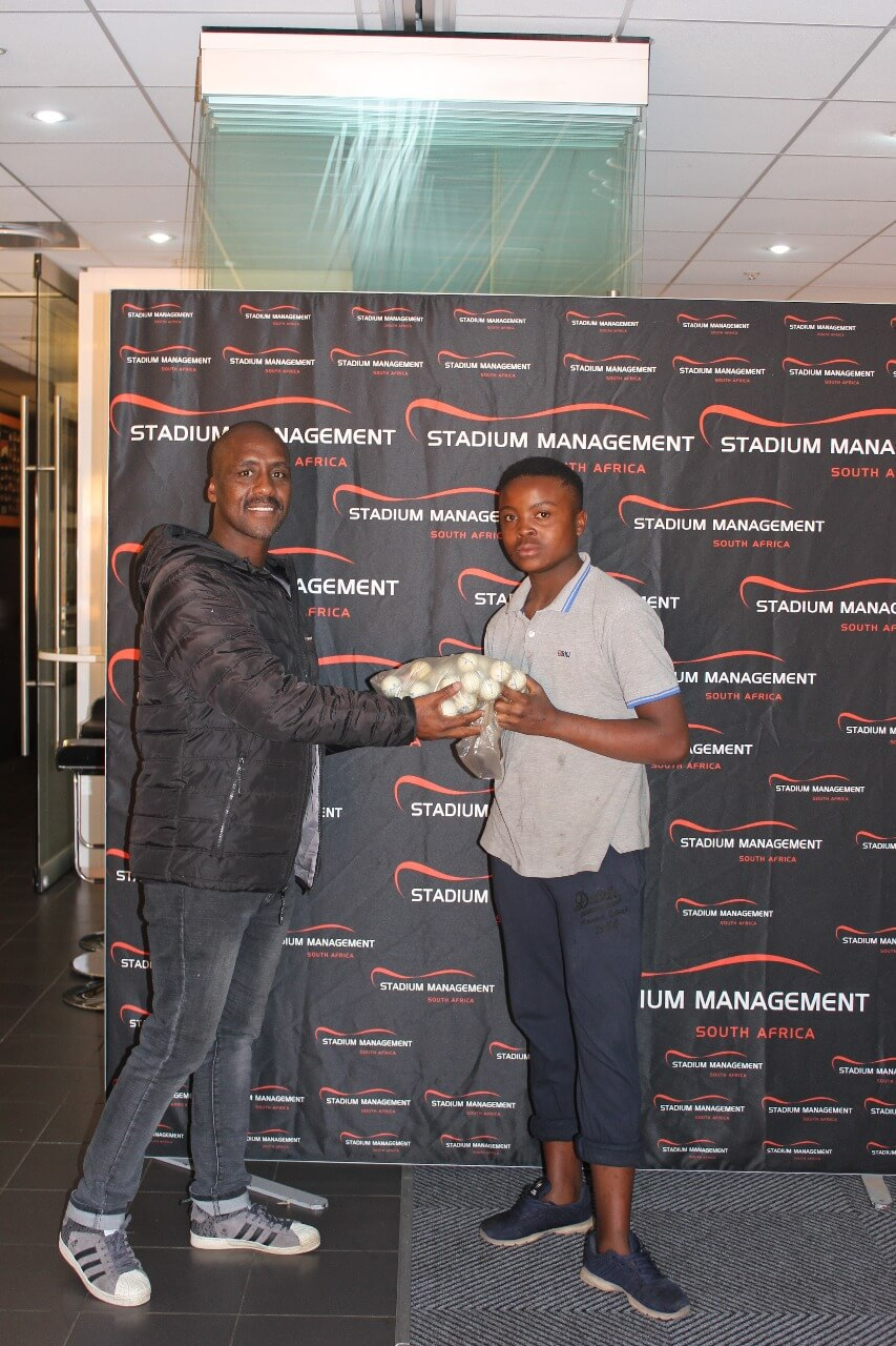 SMSA CSI initiative: Driving range patrons collect sponsored golf balls