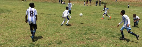 Diski Kidz in action at FNB Stadium